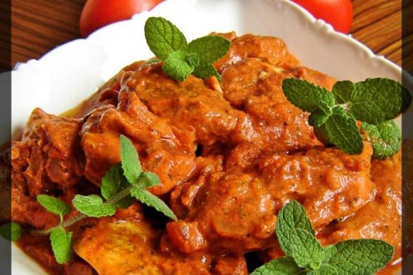 Filet Z Piersi Kurczaka W Sosie Pomidorowym A Dupa Rosnie