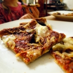 Pizza z oliwkami i...
