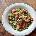 Sałatka z quinoa, bobem...