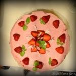 Tort serowo-truskawkowy