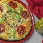 Pizza z oliwkami,...