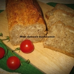 Chleb z nasionami konopi
