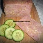 Szynka z plastrów mięsa