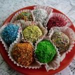 Kolorowe kawowe bajaderki