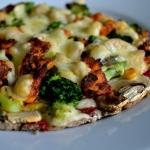Pizza na żytni spodzie/...