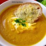 Pikantna zupa krem z dyni