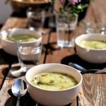 Wiosenna zupa z zielonymi...