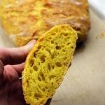 Chleb z garnka z kurkuma ...