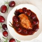 Kurczak w sosie sliwkowym...