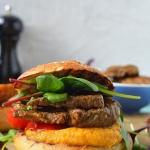 Domowe burgery z grillowa...