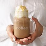 Mrożona kawa z bitą...