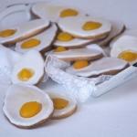 Kruche jajeczka z brzoskw...