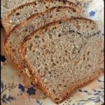Nocny chleb zytni z siemi...