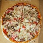 Pizza z szynka i pieczark...