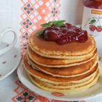 Pancakes jogurtowe z...