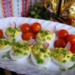 Jajka faszerowane po...