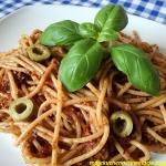 Spaghetti z czerwonym...