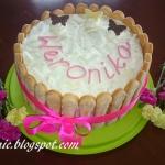 Biały, malinowy tort -...