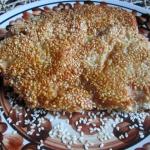 Filet z kurczaka w sezami...