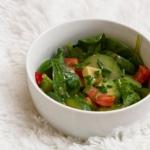 Salatka szpinakowa z miod...