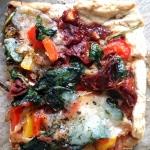 Pizza z mocarella, szpina...