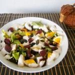 Salatka z jajkiem i burac...