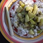 Cukinia curry i ryż w...