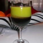 Shot drink z wiśniówką