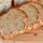 Chleb na drozdzach z pest...