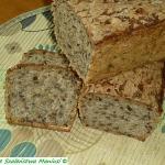 Chleb z ziarnami i czarnu...