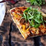 Szybka pizza  na winie ...