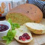 Chleb ziołowy z...