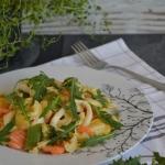 Kalmary z warzywami i mak...