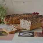 Chleb zytnio-orkiszowy z ...
