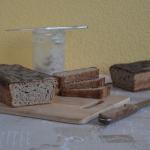 Chleb żytni na świeżo...