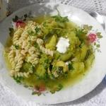 zielona warzywna zupa z...