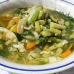warzywna lekka zupa z...