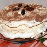 Dacquoise tort bezowy