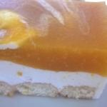 Brzoskwiniowy sernik na z...