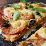 Pizza BBQ z krewetkami