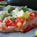 Łosos pieczony z pomidor...