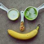 Bananowy smoothie z masle...