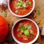 Kremowa zupa z dyni i pom...