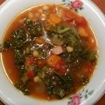 zimowa zupa z jarmużem...