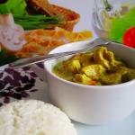 Kurczak curry z ryżem...