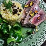 Stek tuńczyka z kaszą...