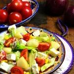 Salatka z serem feta, pom...
