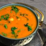 Zupa z krewetek i papai
