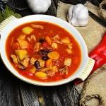 Drobiowa zupa gulaszowa