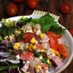Salatka z marynowana cebu...